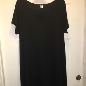 Women's black flowing dress